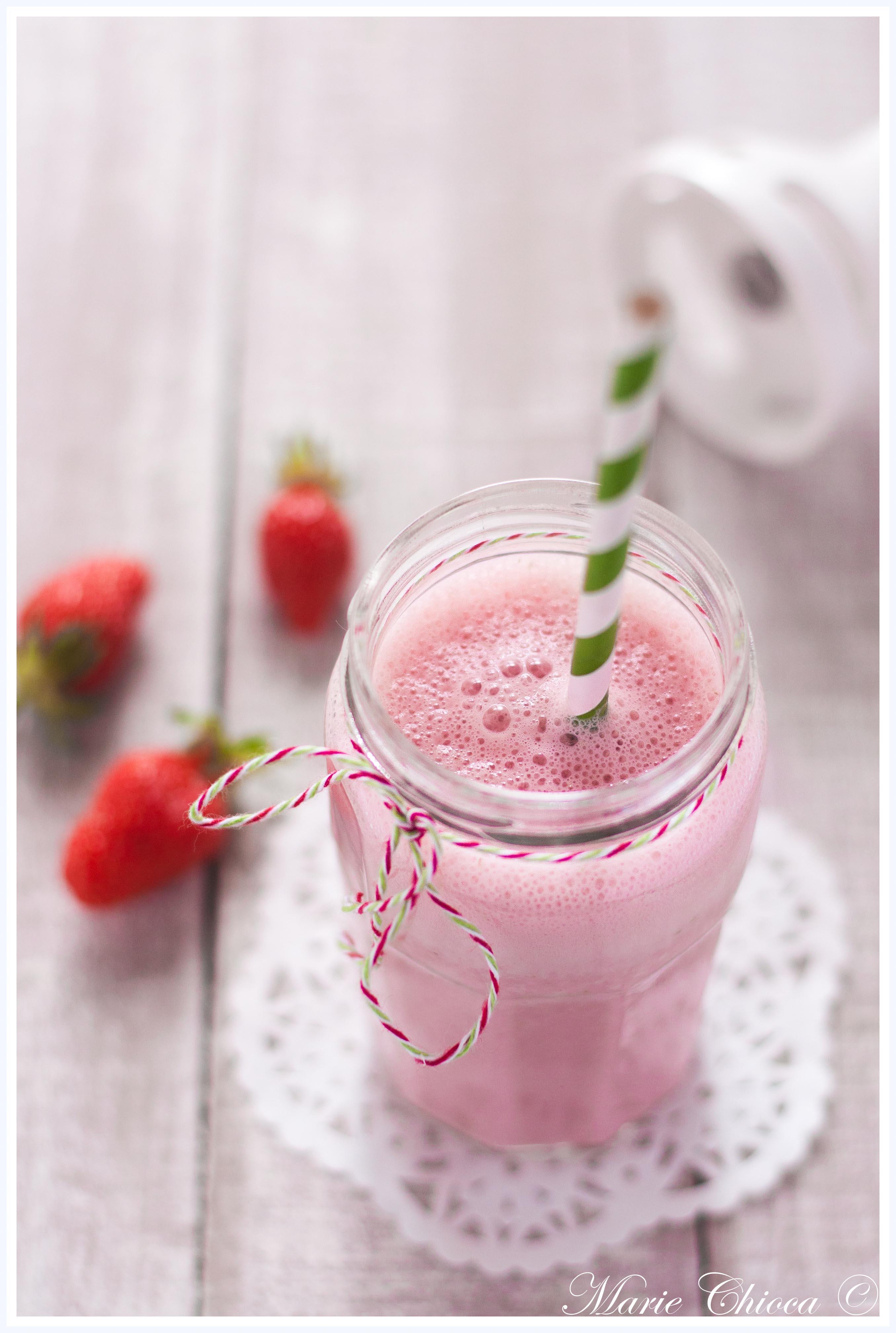 Milkshake végétal à la fraise-2